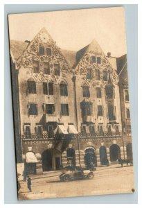 Vintage 1920's RPPC Postcard Depression Era Norway Antique Car & Hotel