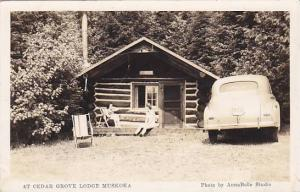 RP: Cabin at Cedar Grove lodge , MUSKOKA , Ontario , Canada , PU-1947