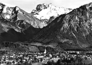 Oberstdorf Allgaeu mit Kratzer Gesamtansicht Mountains