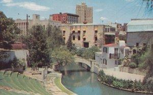 SAN ANTONIO , Texas , 1950-60s ; River Theatre
