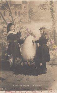 RP: 2 kids & giant EASTER egg , 00-10s