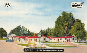SUNDOWN MOTEL Greeley, Colorado Roadside ca 1950s Vintage Postcard
