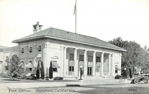 c1920 Printed Postcard; Post Office, Hanford CA 4694 Kings County Unposted
