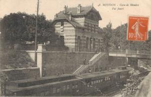 France - Meudon Gare de Meudon Val Fleuri Railway Station Train 01.62