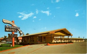 Waukegan, Illinois - The Star Dust Motel - on Belvidere Rd. - in the 1950s