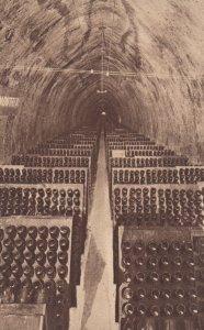 REIMS , France , 1910-30s ; Champagne Pommery et GRENO ; Ver-2