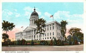 Augusta, Maine, ME, State Capitol, 1926 White Border Vintage Postcard f8600