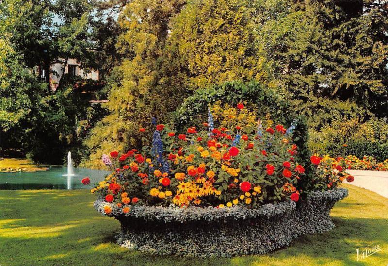France Tours Indre Et Loire Le Panier Fleuri Du Jardin Botanique Garden  Flowers