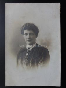 Studio Portrait: Women c1909 RP Postcard Pub by A Greaves & Co, Dewsbury