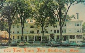 STOCKBRIDGE, Massachusetts, 1940-60s; Red Lion Inn & new Red Lion Motor Lodge