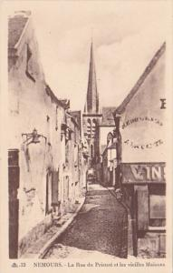 France Nemours La rue du Prieure et les vieilles Maisons