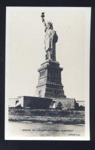RPPC NEW YORK CITY STATUE OF LIBERTY MONUMENT VINTAGE REAL