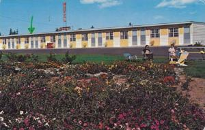 Exterior, Windsor Motel & Lodge, Prince Edward Island,  Canada, PU_1989