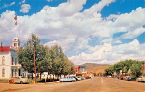 BRIDGEPORT MONO CTY CALIFORNIA~-MAIN STREET VIEW-NASH AIRFLYTE ?-POSTCARD 1950s