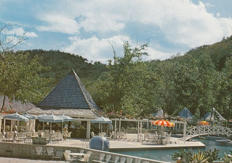 GUADELOUPE-DESHAIES , 1950-70s ; Hotel Fort Royal , V-2