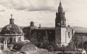 RP: CUERNAVACA , MEXICO , 30-40s ; Catedral