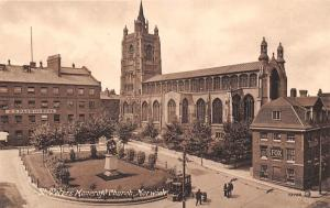 Norwich St Peter's Mancroft Church Statue Monument Eglise
