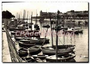 Modern Postcard Pouliguen Port