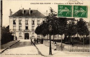 CPA CHALONS-sur-MARNE - L'Intendance et le Square St-Loup (742807)