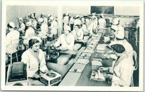 Vintage SWIFT'S PREMIUM BACON Advertising Postcard Women Factory Workers c1940s