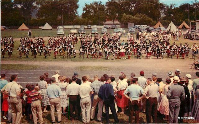 Annual Highland Games CANADA Massed Pippers & Dancers Book Room 3934 postcard