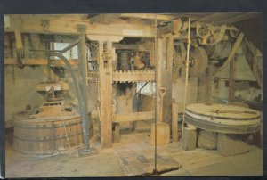 Isle of Wight Postcard - The Grinding Stones & Sackhoist, Calbourne Mill T7187