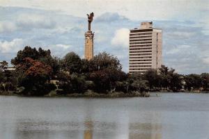 Madagascar Lac Anosy Tananarive Statue