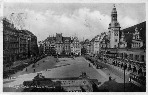 Leipzig Markt mit Altem Rathaus Town Hall Market Vintage Cars Postcard