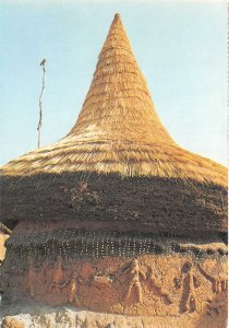 us8296 cote d ivoire traditional hut