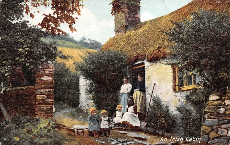 Ireland An Irish Cabin, traditional costumes, cottage, hut, house