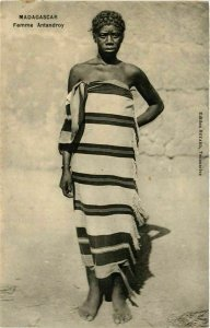 CPA AK Femme Antandroy MADAGASCAR (709434)