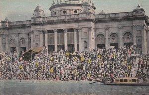 Howrah Bridge , India , 00-10s ; Bathing Ghat