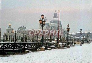 Modern Postcard Venezia Snow at Pier