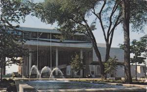 Hotel deVille Moderne , TROIS-RIVIERES , Quebec ,  Canada , PU-1977