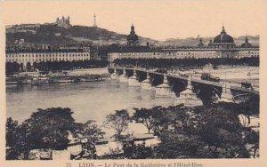 France Lyon Le Pont de la Guillotiere et l'Hotel Dieu