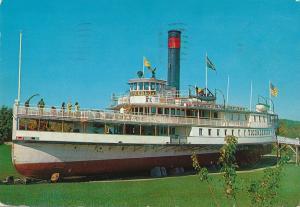 Sidewheeler Steamer Ticonderoga now at Shelburne Museum VT, Vermont - pm 1978