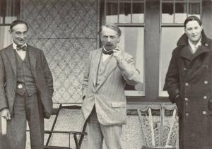 Postcard, 1911 Lloyd George, Sir Rufus Isaacs, C.F.G Masterman at Cricieth 14S
