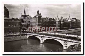 Postcard Old Paris strolling Palace of Justice and the Pont au Change