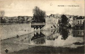CPA POITIERS - Pont St-Cyprien (365667)