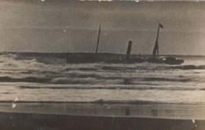 RP: MARSHFIELD  , Oregon , 1910 ; Shipwreck of CZARINA, #5