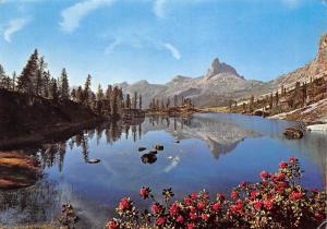 Italy Lake Lago Midday Peake Mountain, Lago du Lago Becco di Mezzodi