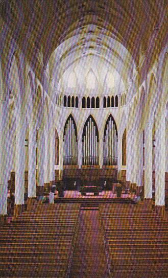 Interieur de la cathedrale St Germain de Rimouski , Quebec , Canada , 50-60s
