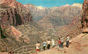 UT, Zion National Park, Utah, Swichbacks, Mount Carmel Highway, Colourpicture
