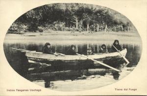 chile, TIERRA DEL FUEGO, Indios Yaaganes Usuhaga, Native Indians in Boat (1910s)