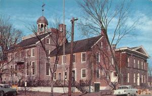 NEW CASTLE, DE Delaware  OLD COURT HOUSE 50's Cars  COURTHOUSE  Chrome Postcard