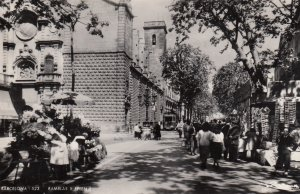 RP: BARCELONA , Spain , 30-50s ; Ramlas Y Belen