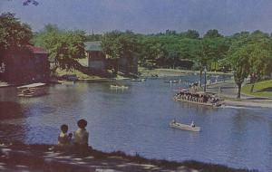 Scenic view,  Lafontaine Park,   Montreal,  Quebec,  Canada,  40-60s