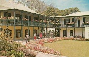 HAMILTON , Bermuda , 1965 ; Public Library