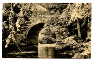 MA - South Hadley. Mt Holyoke College, Old Stone Arch Bridge