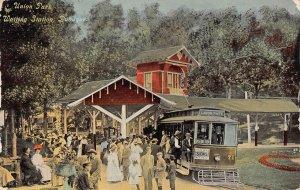 LPS82 DUBUQUE Iowa Union Park Waiting Train Station Depot Postcard